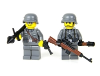 WW2 German Soldiers With Panzerfaust Anti-Tank Minifigures