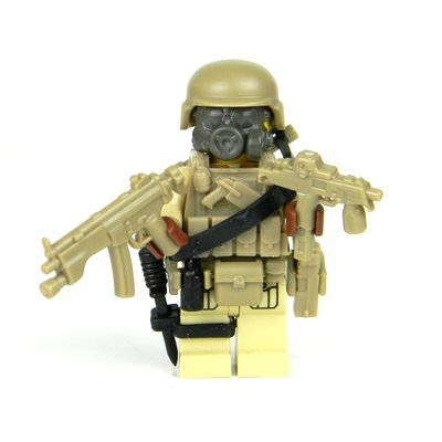 Tan Special Forces Commando Green Minifigure